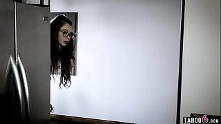 Naive virgin teen fucked by a doctor who told her a bs story